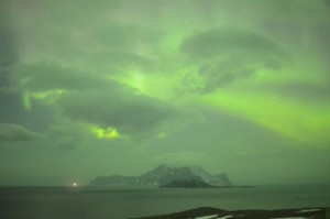 Aurora Borealis boven de Noorse provincie Troms (bron: Norsk luftambulansen).