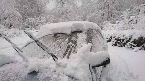 Zware sneeuwval (ruim 20 cm) in de Cévennes, Frankrijk, 4 maart (bron: @meteoherault).