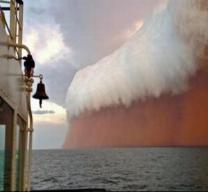 Zandstorm boven zee, Australië, 12 januari 2013