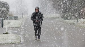Volop sneeuw vanmiddag in Roodeschool (bron: Jannes Wiersema)