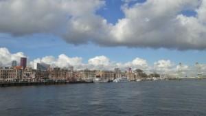Rotterdam in het zonnetje (bron: Gert de Bruijn).